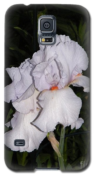 White Flower At Night Galaxy S5 Case