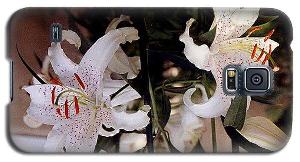 White Oriental Lilium  Galaxy S5 Case