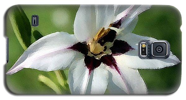 Galaxy S5 Case featuring the photograph White Lily - A Beauty by Ellen Tully