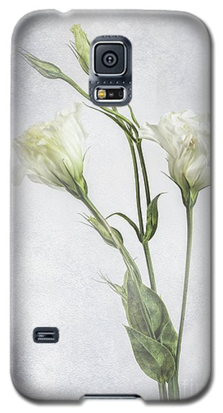 White Lisianthus Flowers Galaxy S5 Case