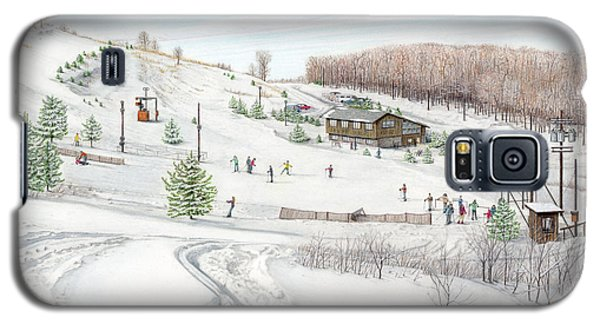 White Mountain Resort Galaxy S5 Case by Albert Puskaric