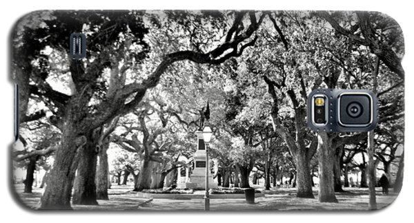 White Point Gardens At Battery Park Charleston Sc Black And White Galaxy S5 Case