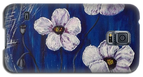 White Poppies  Galaxy S5 Case by Renate Voigt