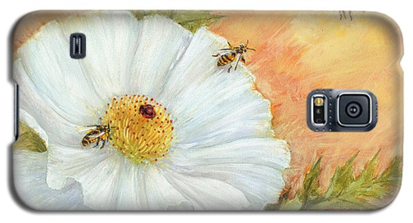 White Poppy And Bees Galaxy S5 Case
