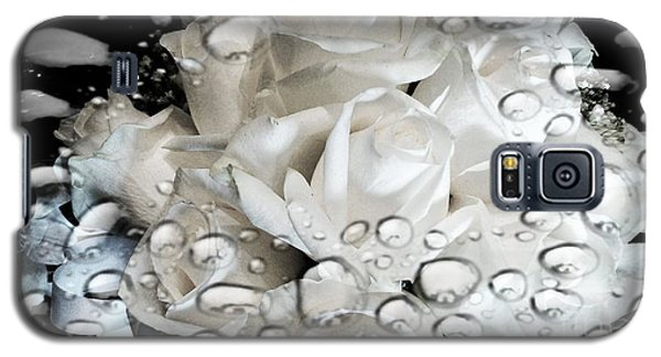 White Roses Galaxy S5 Case