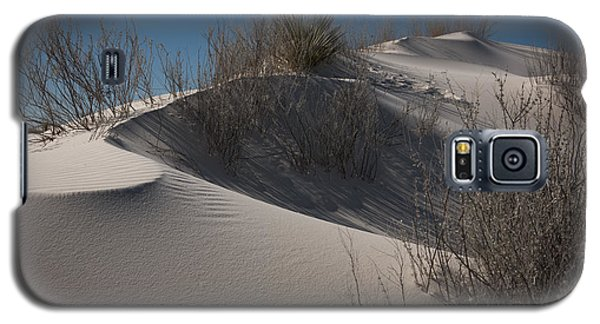 Galaxy S5 Case featuring the photograph White Sand Dune by Sherry Davis