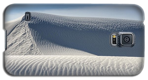 Galaxy S5 Case featuring the photograph White Sands Ridges by Kristal Kraft