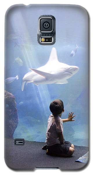 White Shark And Young Boy Galaxy S5 Case