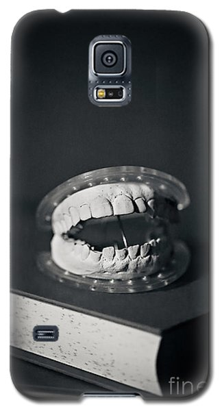 Galaxy S5 Case featuring the photograph Whose Teeth Are These? by Trish Mistric