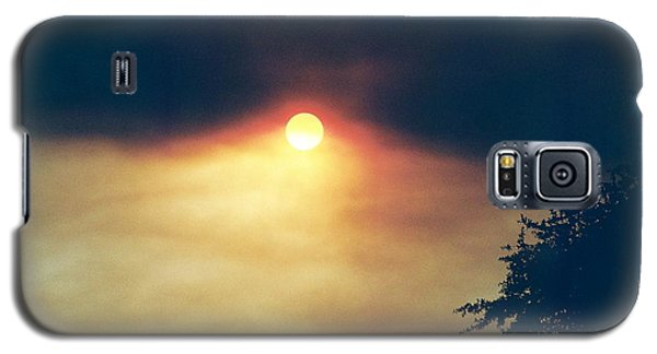 Galaxy S5 Case featuring the photograph Wildfire Smoky Sky by Kerri Mortenson
