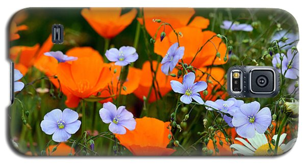 Galaxy S5 Case featuring the photograph Gabriella's Flowers by Lisa L Silva