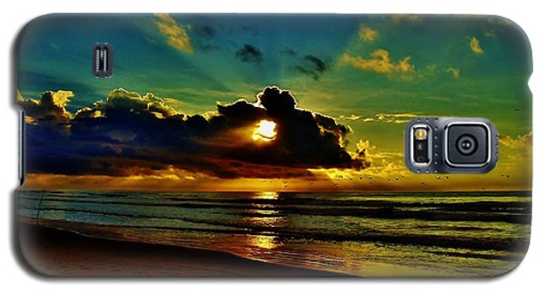 Galaxy S5 Case featuring the photograph Wildwood Sunrise by Ed Sweeney