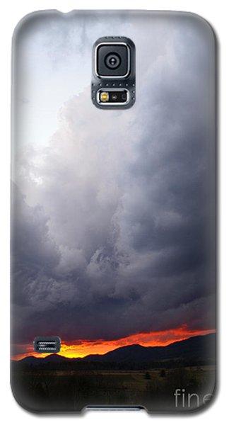 Wind Event At Sundown Galaxy S5 Case by Annlynn Ward