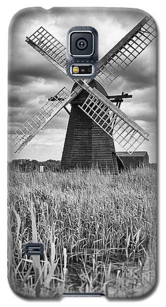 Wind Pump At Herringfleet Galaxy S5 Case