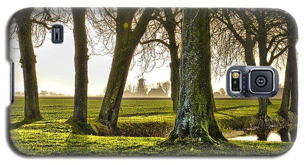 Windmill And Trees In Groningen Galaxy S5 Case