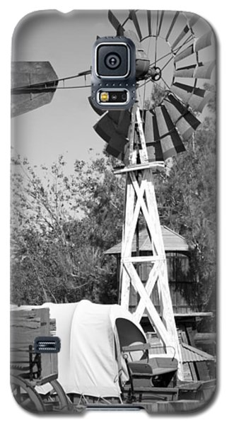 Galaxy S5 Case featuring the photograph Windmill And Wagon by Ivete Basso Photography