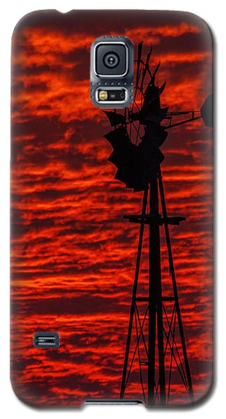 Galaxy S5 Case featuring the photograph Windmill At Sunset by Rob Graham