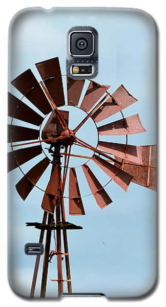 Galaxy S5 Case featuring the photograph Windmill by Cathy Shiflett