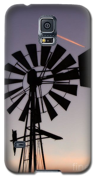 Galaxy S5 Case featuring the photograph Windmill Close-up by Jim McCain