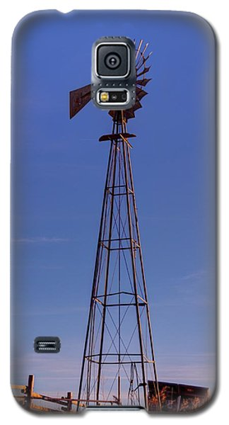 Windmill In The Fading Light Galaxy S5 Case