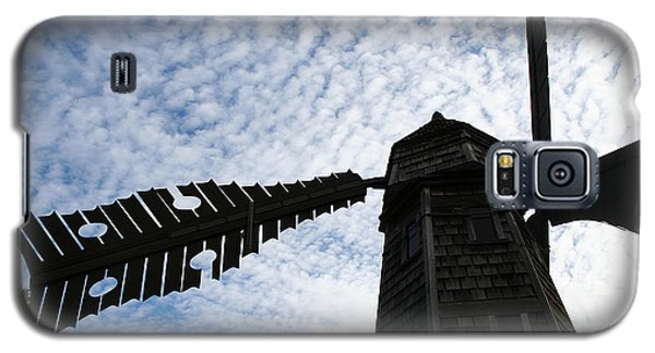 Windmill On A Cloudy Day Galaxy S5 Case