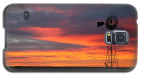 Galaxy S5 Case featuring the photograph Windmill Sunrise by Shirley Heier