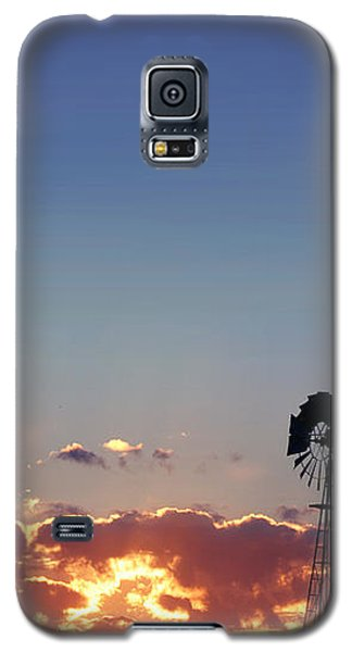 Galaxy S5 Case featuring the photograph Windmill Sunset by Rod Seel