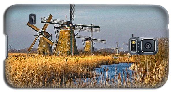 Windmills And Reeds Near Kinderdijk Galaxy S5 Case