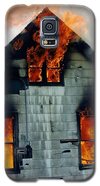 Windows Aflame Galaxy S5 Case
