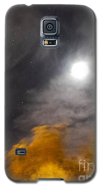 Galaxy S5 Case featuring the photograph Windy Night by Angela J Wright