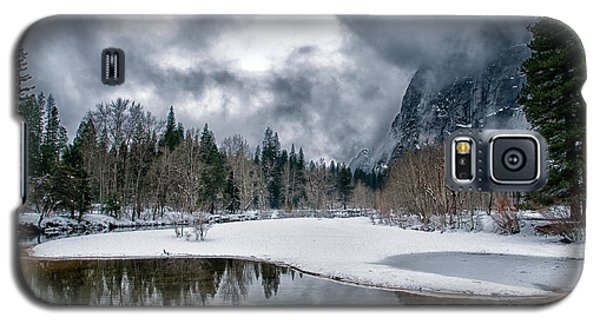 Winter At Swinging Bridge Galaxy S5 Case