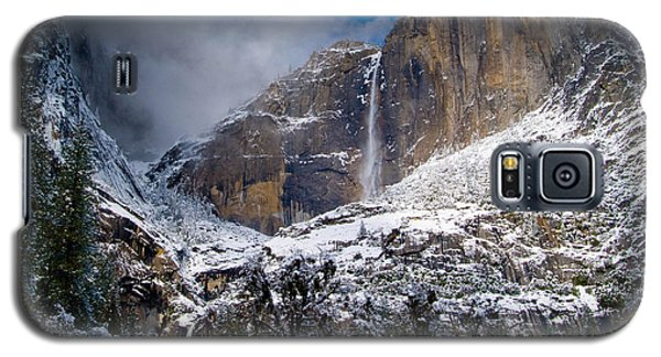 Winter At Yosemite Falls Galaxy S5 Case