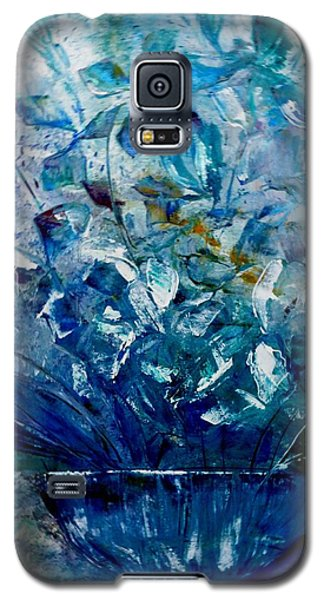 Galaxy S5 Case featuring the painting Winter Bouquet by Lisa Kaiser