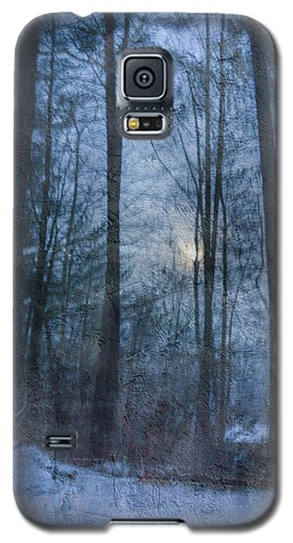 Winter Early Morning Setting Moon Galaxy S5 Case