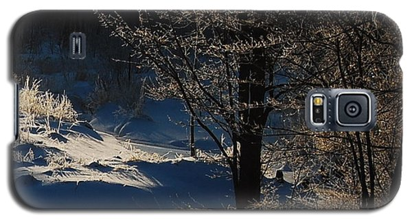 Galaxy S5 Case featuring the photograph Winter Glow by Mim White