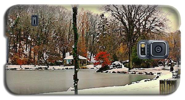 Winter In The Park Galaxy S5 Case by Judy Palkimas