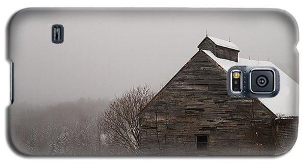 Winter Maine Barn Galaxy S5 Case