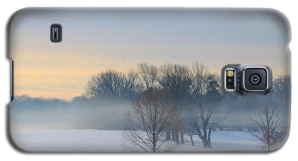 Winter Morning Fog Galaxy S5 Case by Steven Richman