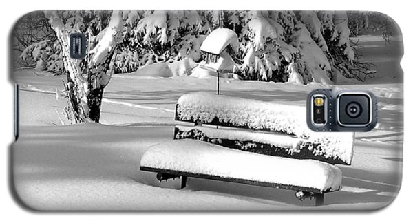 Galaxy S5 Case featuring the photograph Winter Morning by Susan  Dimitrakopoulos