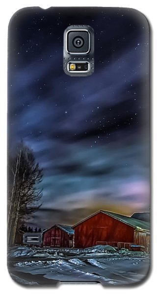 Galaxy S5 Case featuring the photograph Winter Night by Rose-Maries Picturtes