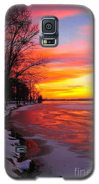 Galaxy S5 Case featuring the photograph Winter Sunrise On Lake Cadillac by Terri Gostola