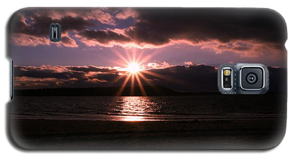 Galaxy S5 Case featuring the photograph Winter Sunset by Karen Silvestri