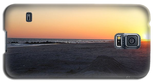 Winter Sunset On Long Beach Galaxy S5 Case by John Telfer