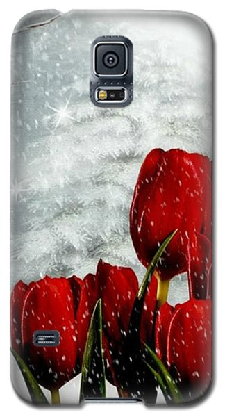 Galaxy S5 Case featuring the mixed media Winter Tulips by Morag Bates
