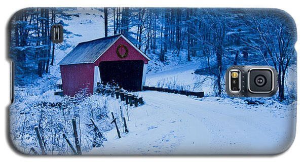 winter Vermont covered bridge Galaxy S5 Case by Jeff Folger