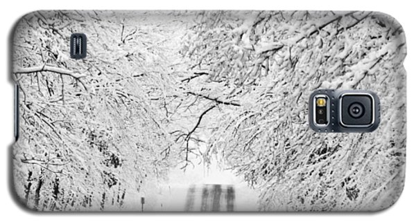 Galaxy S5 Case featuring the photograph Winter Wonderland by Ricky L Jones