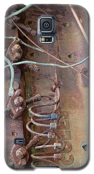 Galaxy S5 Case featuring the photograph Wired by Newel Hunter