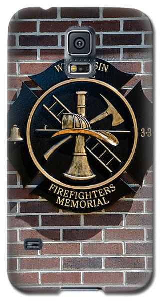Galaxy S5 Case featuring the photograph Wisconsin State Firefighters Memorial Park 5 by Susan  McMenamin