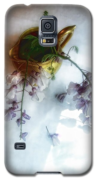 Wisteria In A Gold Pitcher Still Life Galaxy S5 Case by Louise Kumpf