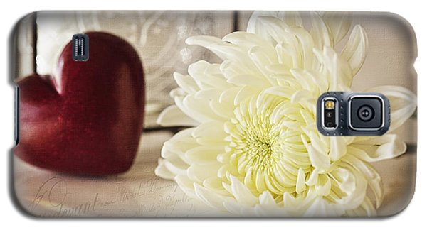 Galaxy S5 Case featuring the photograph With Love by Kim Andelkovic